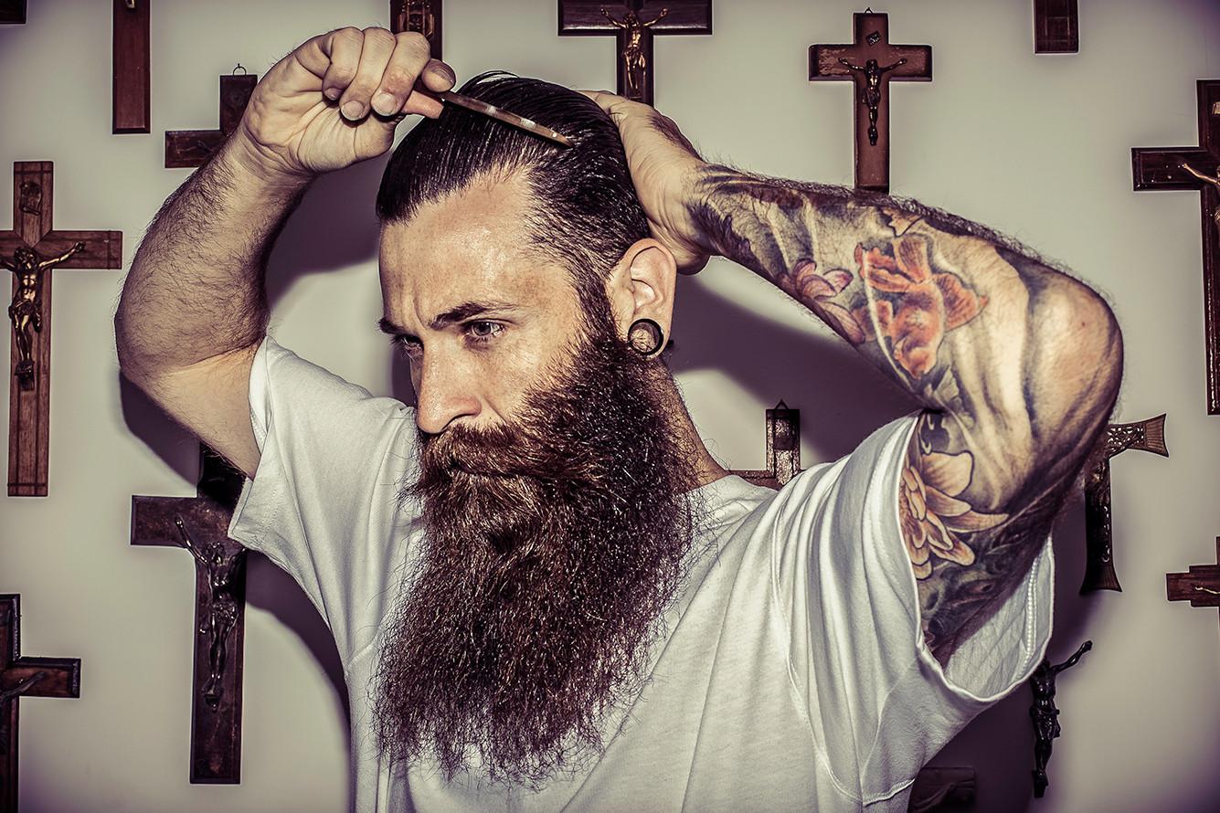 Peigne en corne pour la barbe ou les cheveux de Lames & Tradition